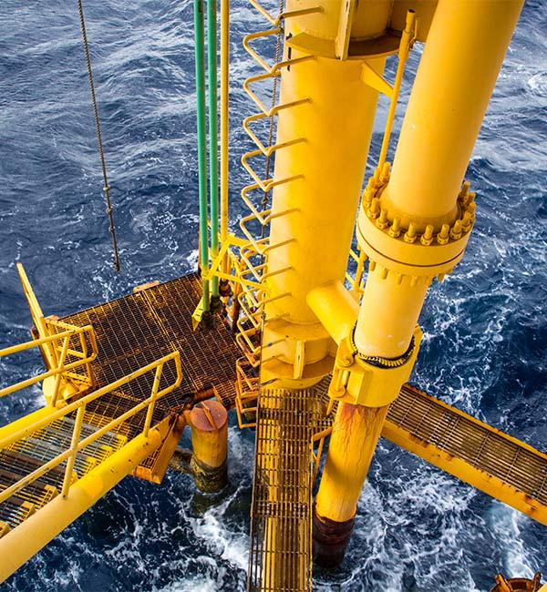 plataforma petrolífera océano